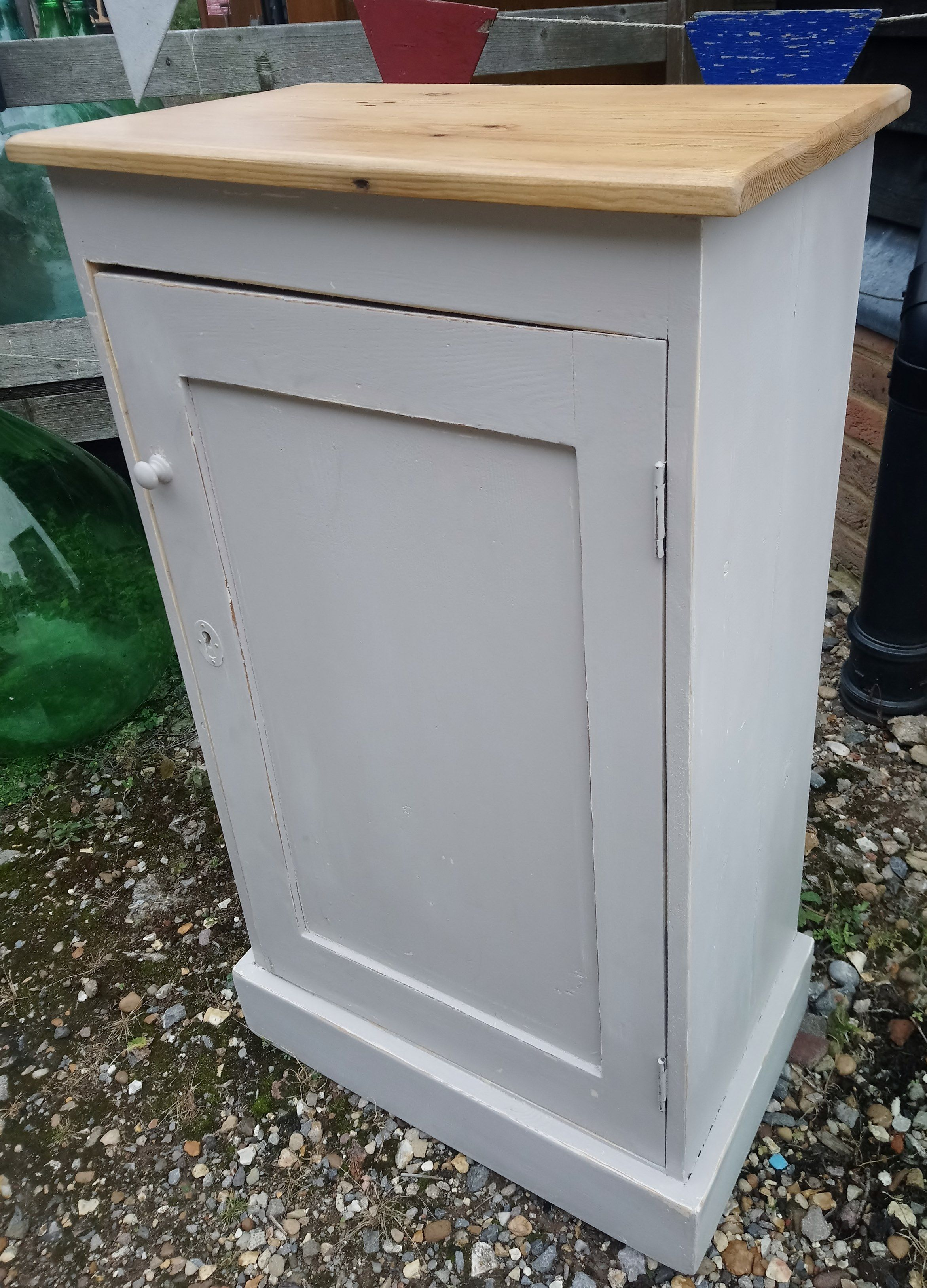 Best Recycled Old Pine 1 Door Cupboard Painted In Dove Tale 400 x 300