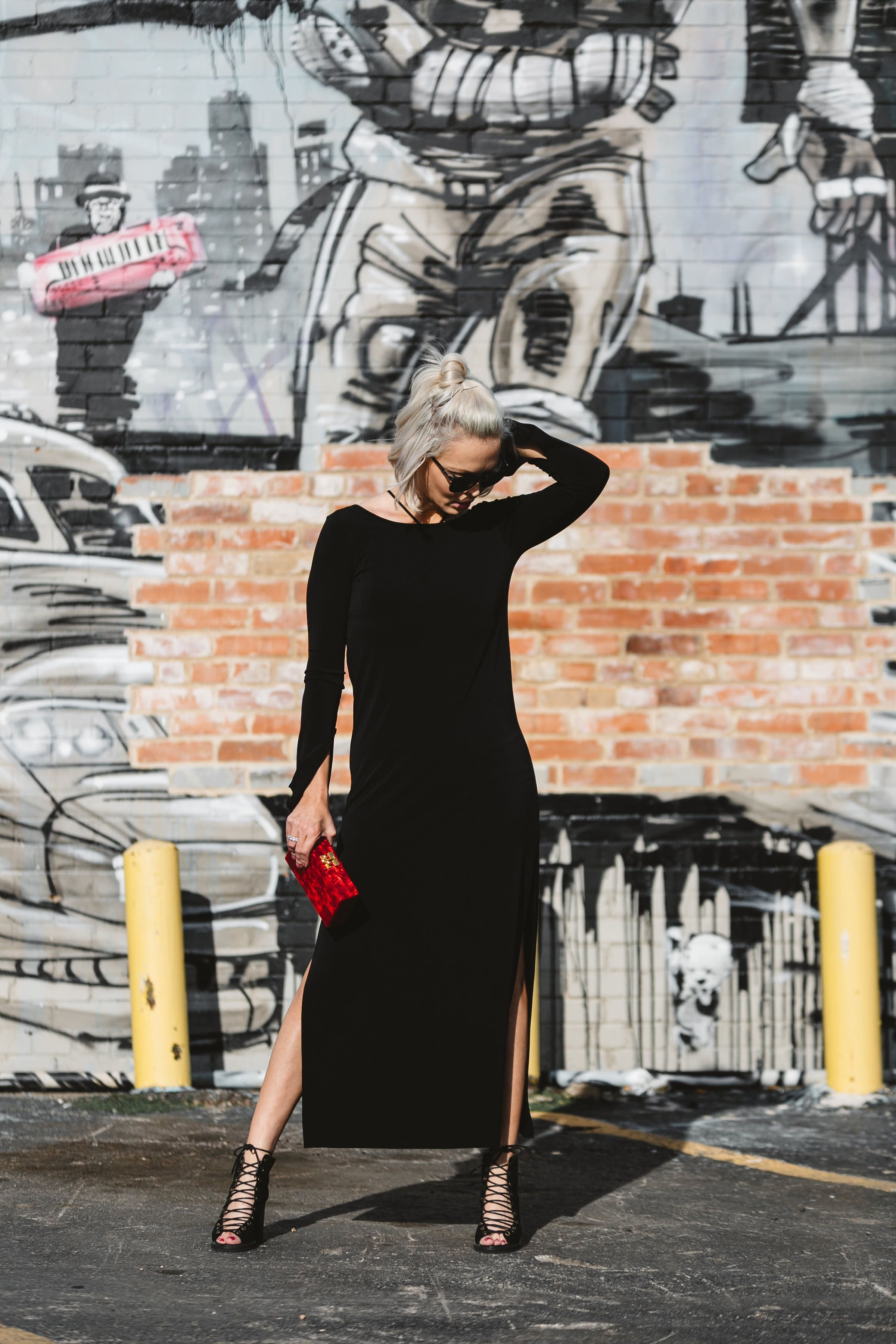 Little Black Dress 2 0 Styling Your Lbd With Red Accessories Red Accessories Evening Wear Style [ 3600 x 2400 Pixel ]