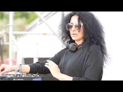 Nicole Moudaber Sunrise Set At Neversea Romania Youtube