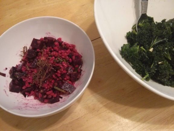 A tasty warm salad recipe that includes whole grain, lentil and beets along with fresh greens and herbs, combined with a lemony and slightly pungent dressing from Douchka's blog: http://ow.ly/uyOqd