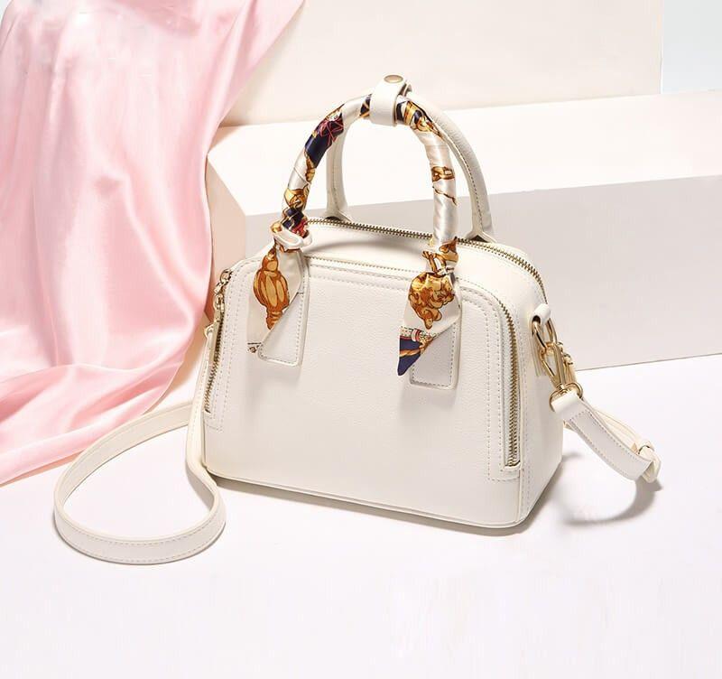 حقيبة يد وكتف من الجلد المقوة مزينة بشال ملون Women Handbags Leather Shoulder Bag Shoulder Bag