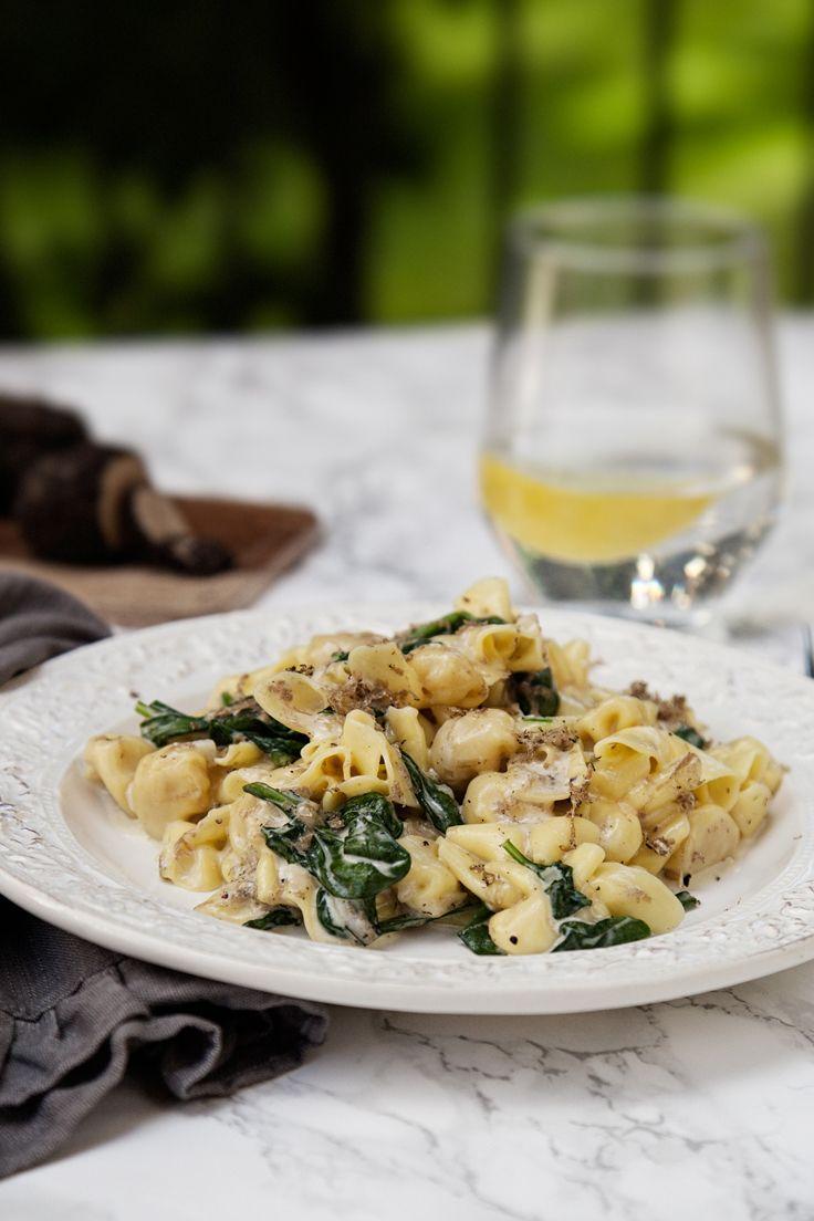 Kramig Tryffelpasta Med Parmesan Och Spenat Recept I 2020