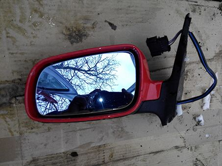 Електричне ліве зеркало  VW Golf 4