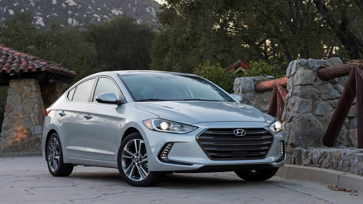 2017 Hyundai Elantra Limited review Economy with flair