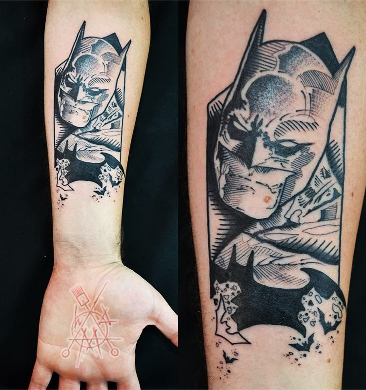 15 Cool Batman Tattoos Batman Tattoo Tattoos Geek Tattoo