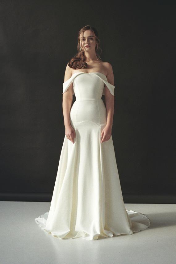 Vestido de novia fuera del hombro vestido de novia minimalista vestido de novia moderno fuera hombro crepe vestido de novia open hombros sexy vestido AESTA