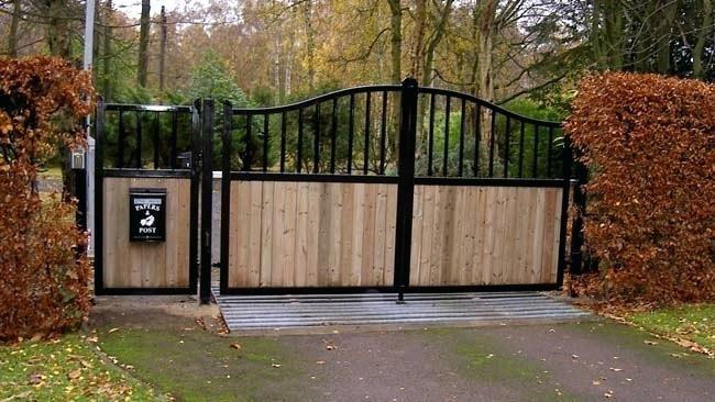 Driveway Gates For Sale Brisbane Wrought Iron Driveway Gates Driveway Gates For Sale House Front Gate