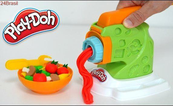 Massinha de Modelar Play-doh Maquina de fazer Macarrao e Carne Moida Para  Familia Peppa