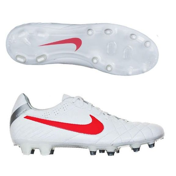 143 99 Nike Tiempo Legend Iv In White And Red Nike Soccer Cleats Free Shipping Soccercorner Com Soccer Cleats Nike Soccer Boots Soccer Cleats