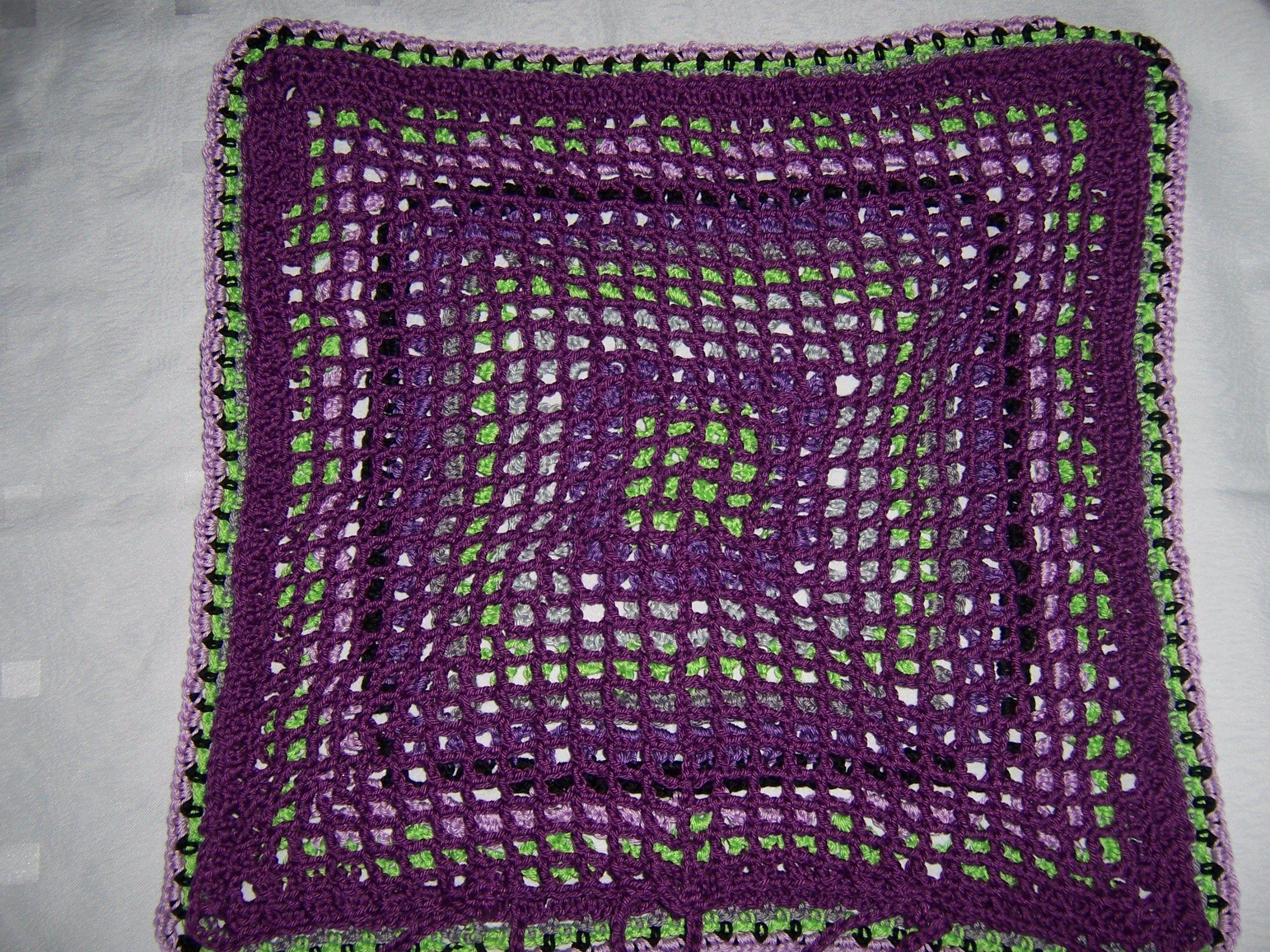 Kissenbezug häkeln Rückseite - big granny crochet | Häkeln Decken ...