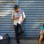 """[Fotos: Guta Guerra] Neto Monteiro é músico e gosta de programas alternativos. É bem capaz que depois de ter aproveitado o evento """"Domingo no Beco"""", emendou no Cerrado onde toca música instrumental e antes de ir para casa passou no Canuc para comeu aquele hotdog com colher. Pode até ser que não tenha acontecido isso […]"""