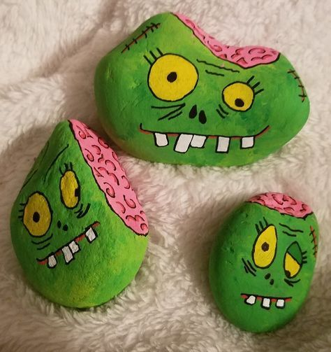 14 Painted Halloween Rocks