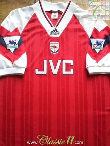 3fd6caaf37d Relive Arsenal s 1992 1993 Premier League season with this vintage Adidas home  football shirt.