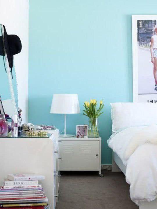 Paredes Celeste Luminoso Muebles Blancos Decoracion En Lilas Mediterranean Home Decor Home Decor New Room