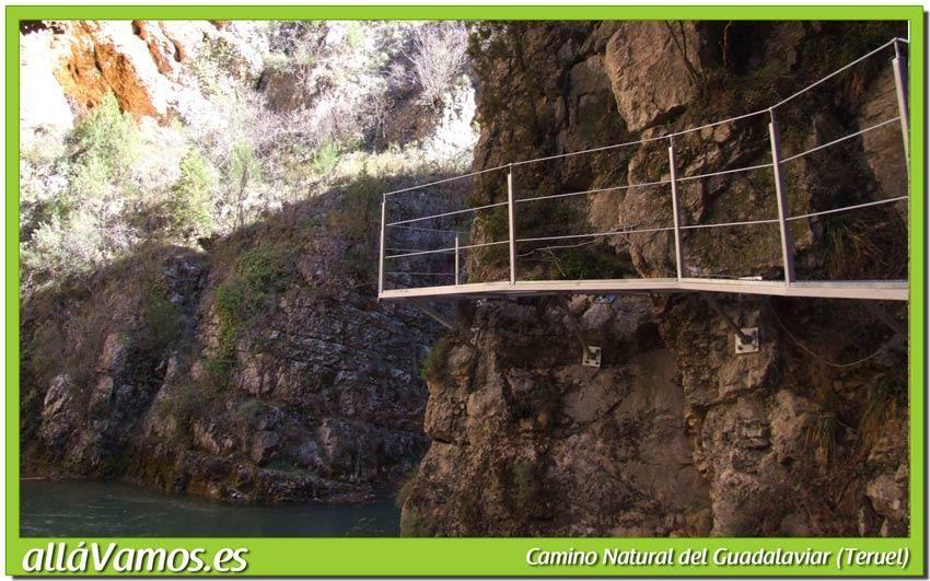 La Ruta Del Camino Natural Del Guadalaviar Sale Desde San Blas Y Llega Hasta El Pantano Del Arquillo Durante El Recorrido Podremos Disf Pantano Paisajes Senda