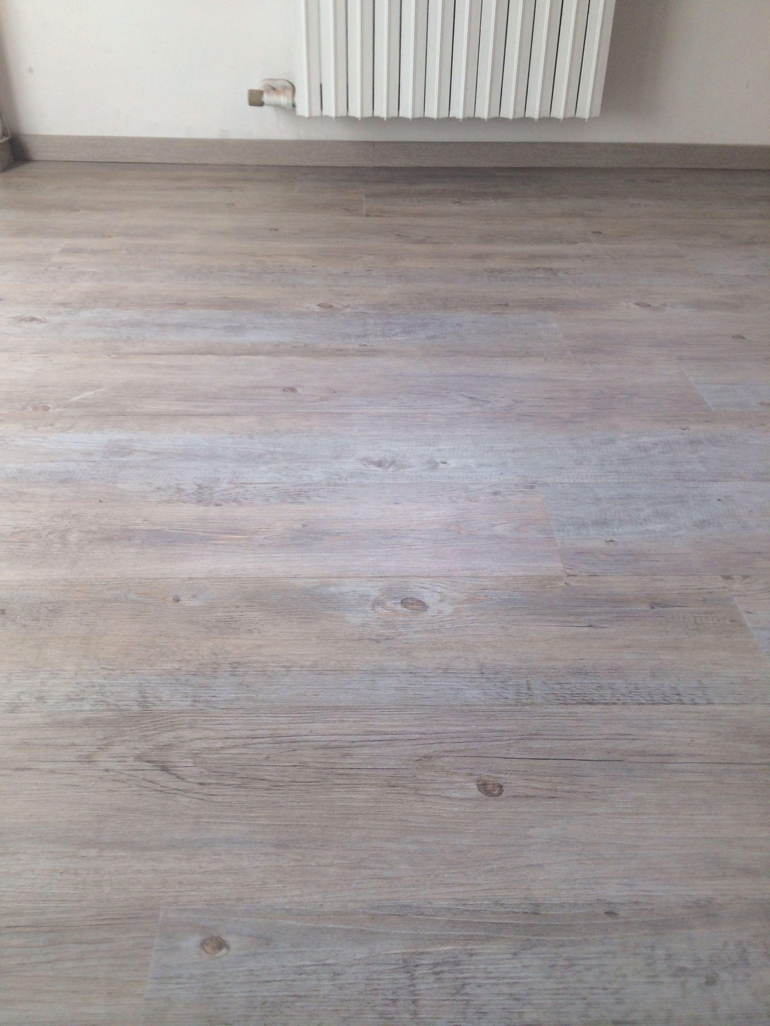 Pavimento In Pvc Effetto Legno pavimento in pvc effetto legno | pavimenti, ristrutturazione