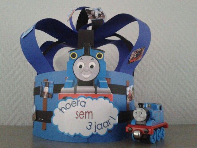 Verjaardagskroon thomas de trein | Verjaardags muts werk | Pinterest ...
