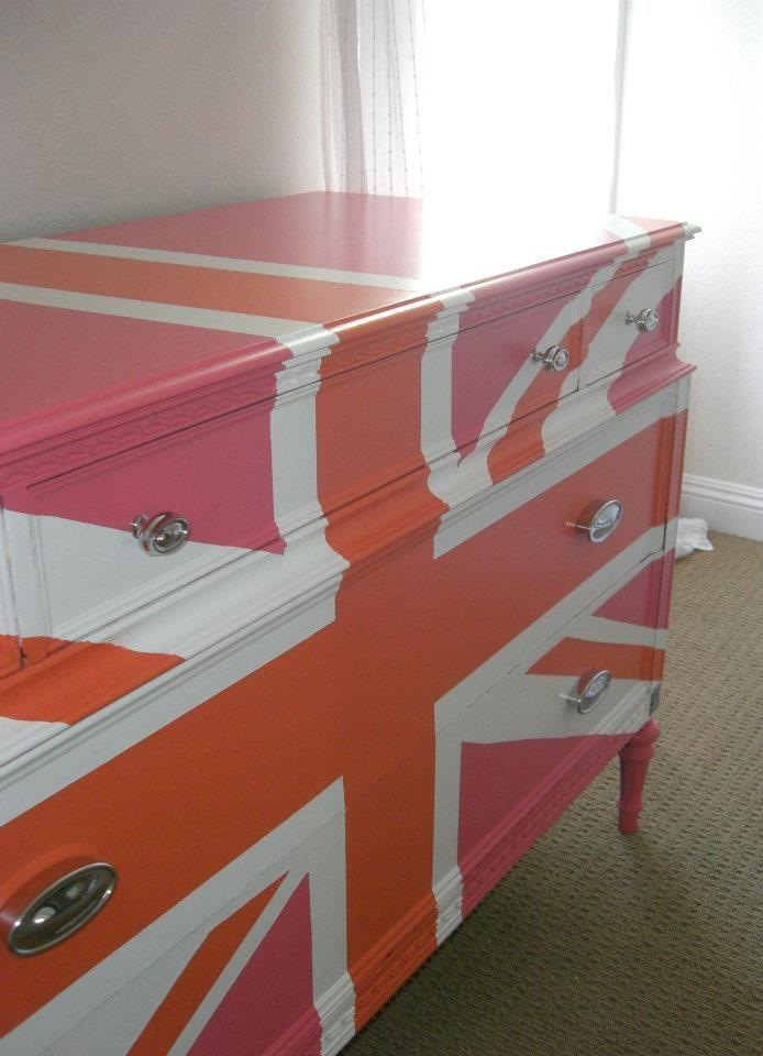 painted furniture union jack autumn vignette. How To Paint A Union Jack Dresser Without Measuring Thing Painted Furniture Autumn Vignette S