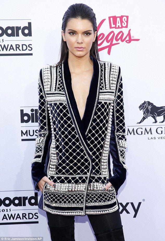 Kylie And Kendall Jenner Rock Balmain At Billboard Music Awards Billboard Music Awards Red Carpet Fashion Nice Dresses