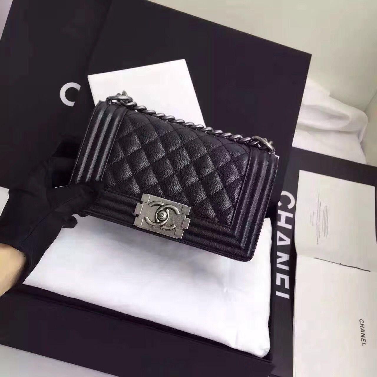 83625a0b9 Chanel leboy 20Cm | Chanel le boy | Chanel le boy, Chanel boy bag ...