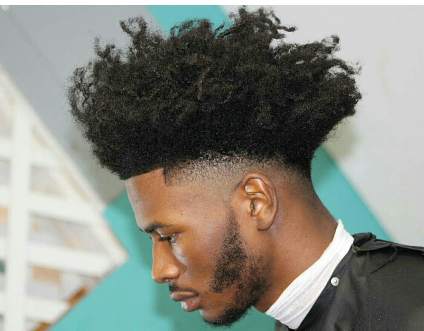 Dont Want It To Drop Like This Drop Fade Haircut Curly Hair Men Thick Hair Styles