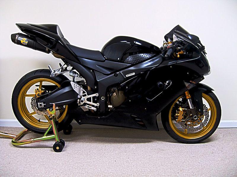 Wheel color : Kawasaki ZX Forums: Kawasaki Ninja Forum | Wheeled