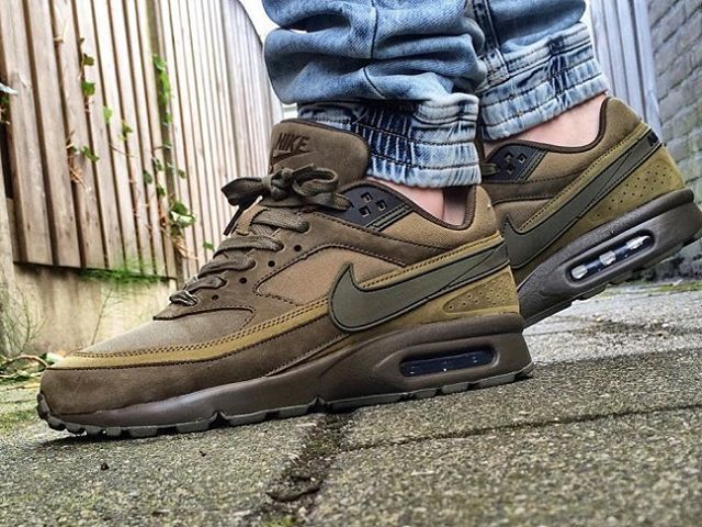 Have you took a close look at the Nike Flax Pack? #nike