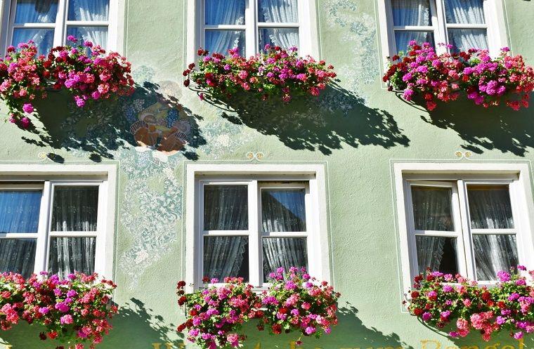 fiori-da-balcone-idea-colorata | balconi fioriti | pinterest - Fiori Da Balcone