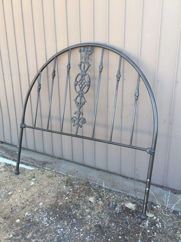 Painting A Metal Headboard With Old World Paint Metal Headboard Painted Iron Beds Iron Headboard