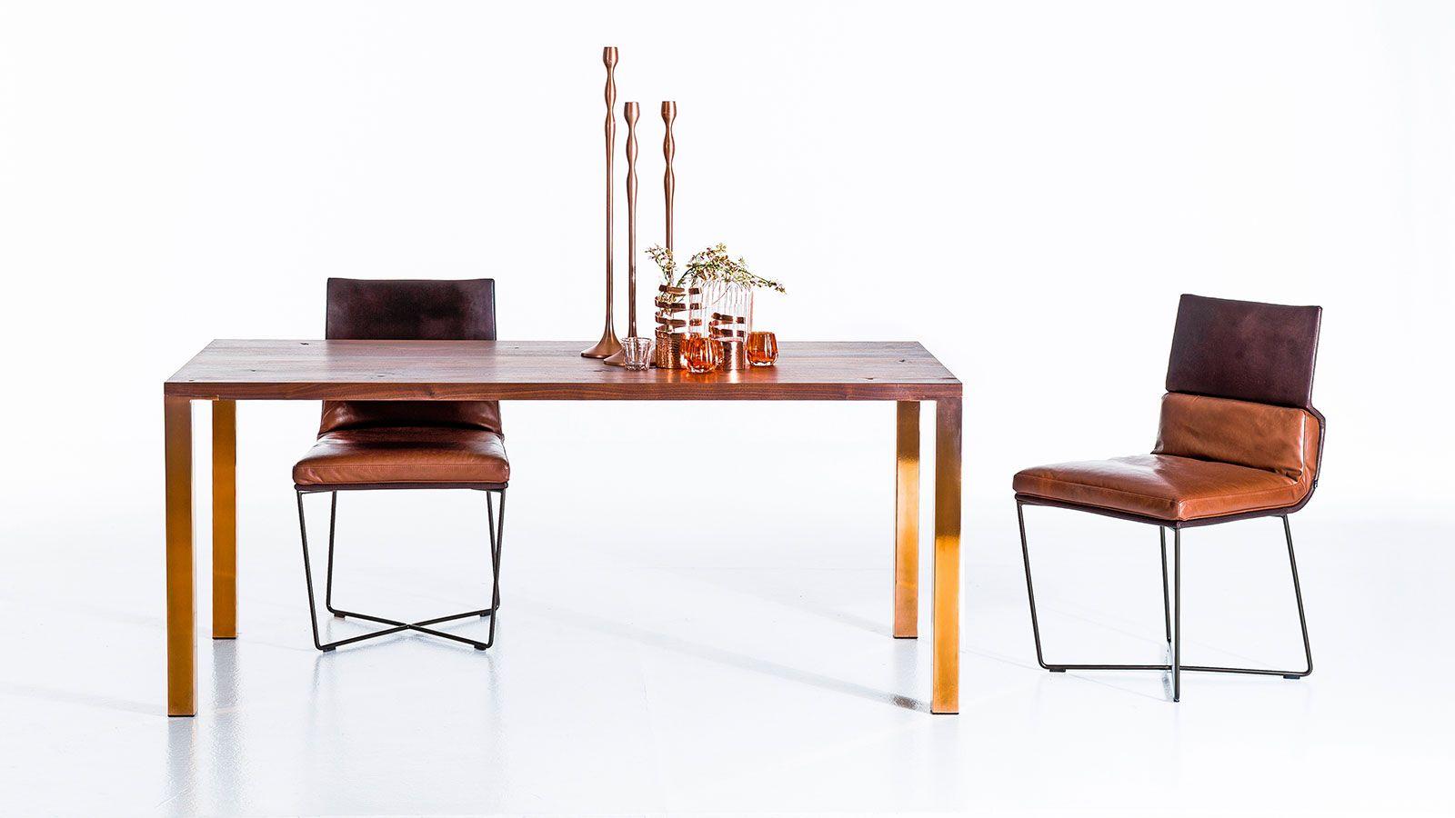 Esstisch Nussbaum Mit Kupferbeinen Esstische Tables Tischplatten