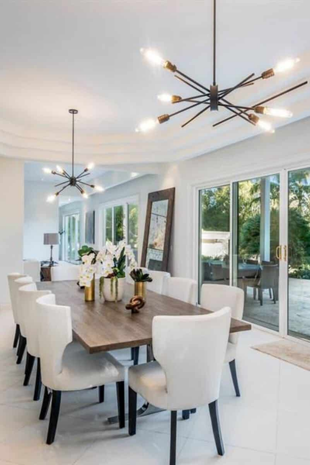 Photo of Glamorous Dining Room Design Inside a Tropical Paradise Mansion