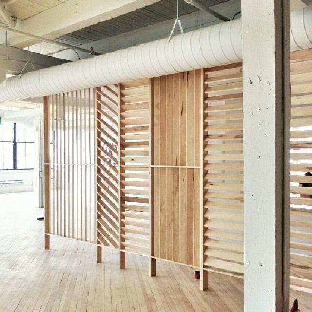 nice space dividers funiture Pinterest Celosías, Oficinas y - muros divisorios de madera