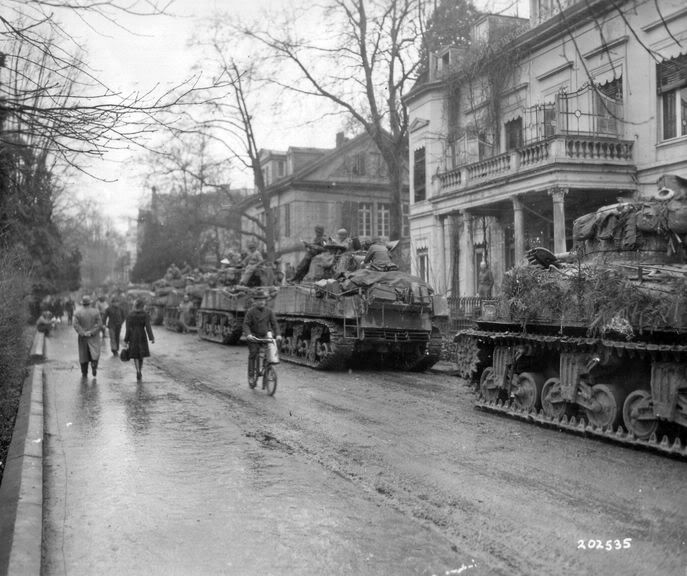 7th Armored Tour in Holland – Day 4 | War History Online