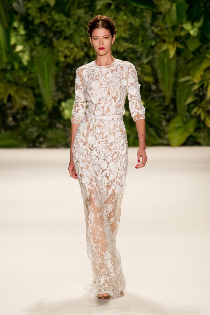 Naeem Khan Spring 2014 - would alter with V neck or lower round neck and lining inside.
