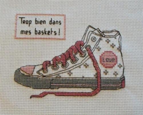 0 point de croix baskets cross stitch sneakers cross. Black Bedroom Furniture Sets. Home Design Ideas