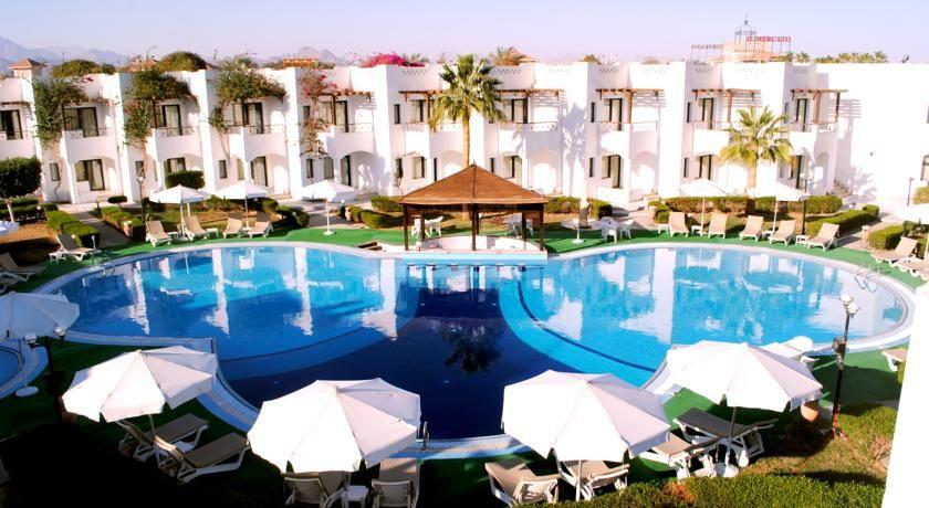 عرض شم النسيم بــ فندق الكارما شرم الشيخ 10 4 2015 بالانتقالات Hotel Pool Trip