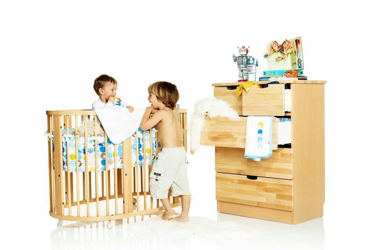 Beautiful Stokke Crib And Dresser Combo The Little Style File Jill Seiman Heather Abug Alison Ray Sy Moms In City