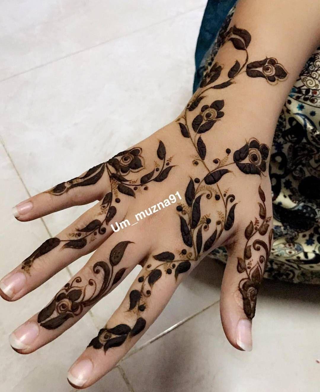 Contact For Henna Services Regular Bridal Henna Available Call Whatsapp 0528110862 Alain Ua Henna Tattoo Designs Modern Mehndi Designs Unique Mehndi Designs