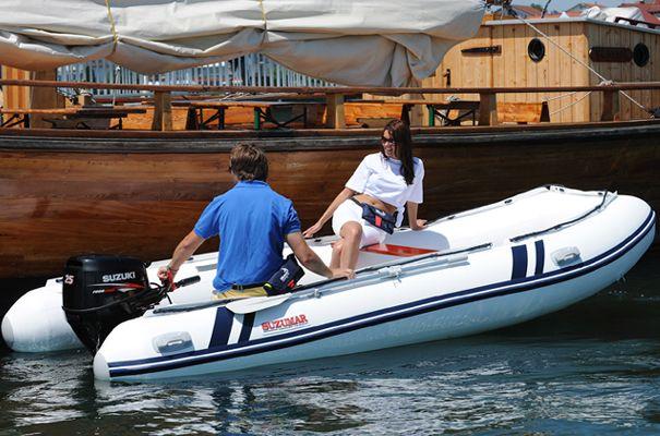 BoLa Maritiem uit Monster levert ook rubberboten van Suzuki voor de watersport liefhebbers die van snel varen en eenvoudig manoeuvreren houden.
