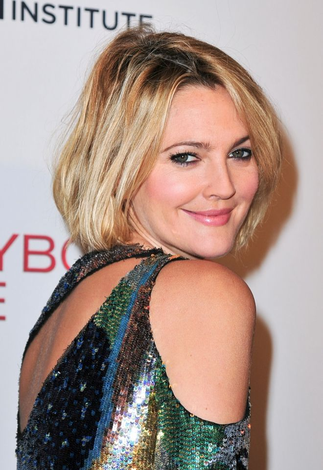 drew barrymore mit blondem long bob | frisuren, haar runde