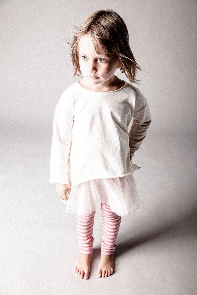 Leggins lana rosa,gonna tulle e maglia punte laterali