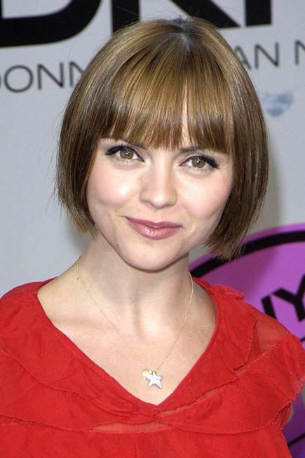 Flattering Short Hairstyles For Round Faces Hairstyles Short