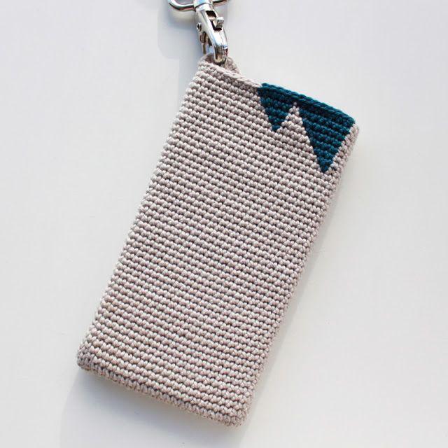 Lutter Idyl: Opskrift på hæklet iPhone Cover (med hank)