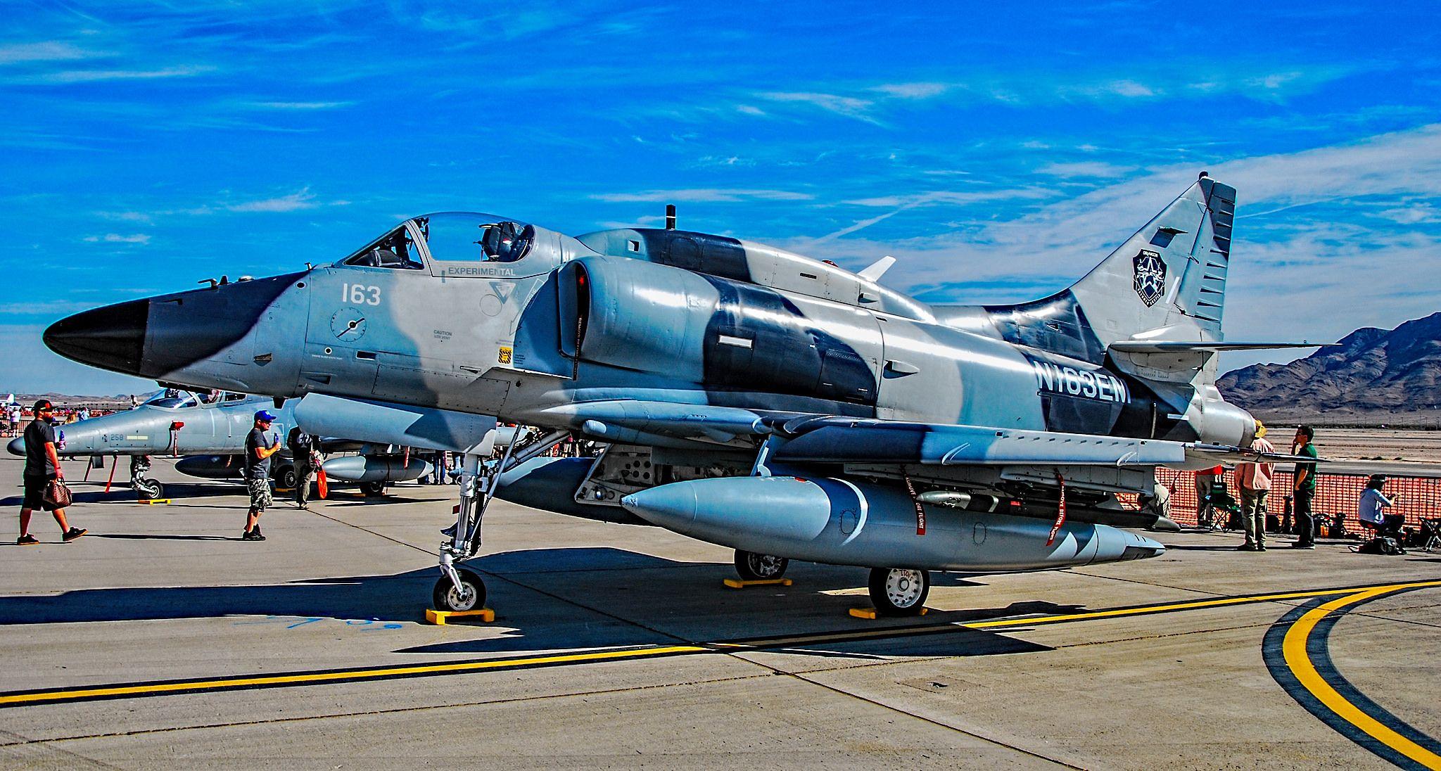 N163EM Draken 1972 McDonnell Douglas A4N Skyhawk C/N