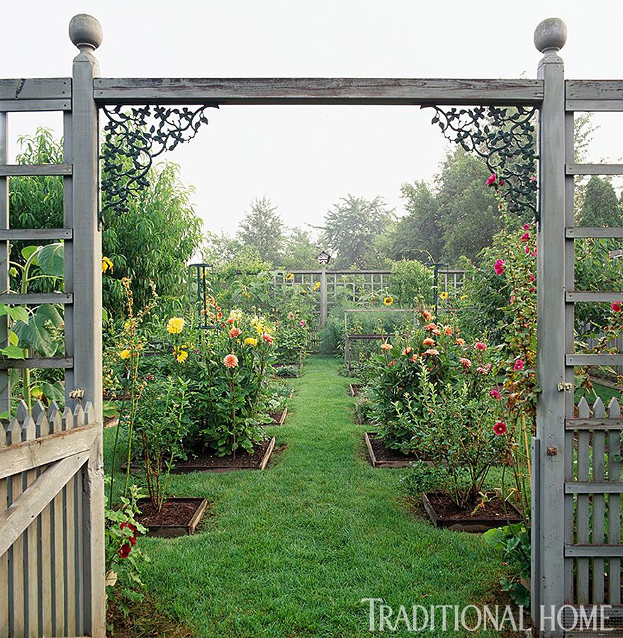 9 Years of Beautiful Gardens   Beautiful gardens, Cottage garden ...