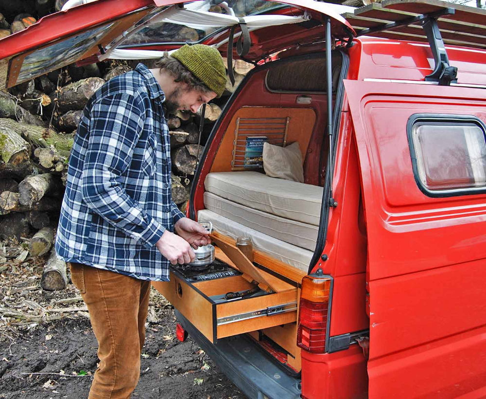 Daihatsu Hijet S85 Der Kleinste Camper Ausbau Woodkali Micro Camper Kleine Camper Ausbau