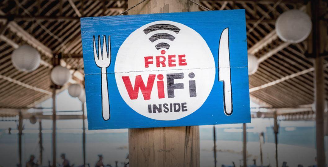 أفضل 5 طرق للعثور على أقرب شبكة واي فاي Wi Fi عامة للاتصال بها Free Wifi Wifi Motor Oil