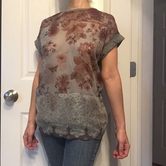 Zara sheer top Roomy and sheer in the front, all gray jersey in the back. Zara top with pretty crochet around the bottom and short sleeves. Zara Tops Blouses