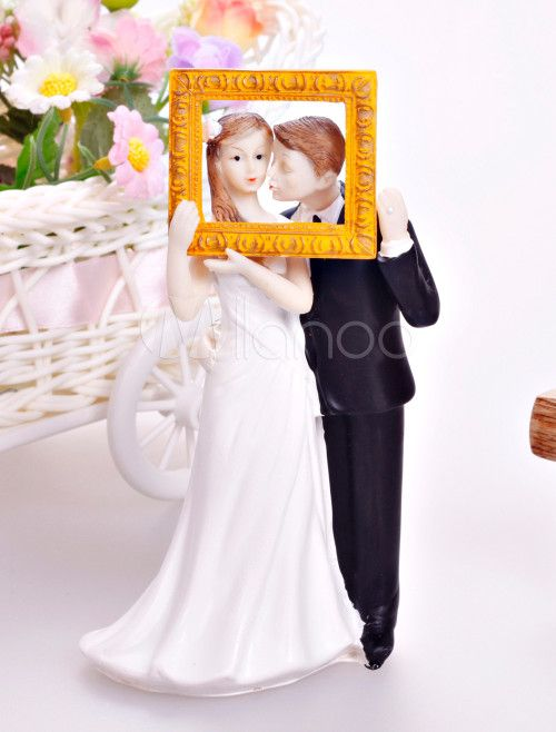 Chic Resin Kissing Figurine Fashion Cake Toppers For Wedding