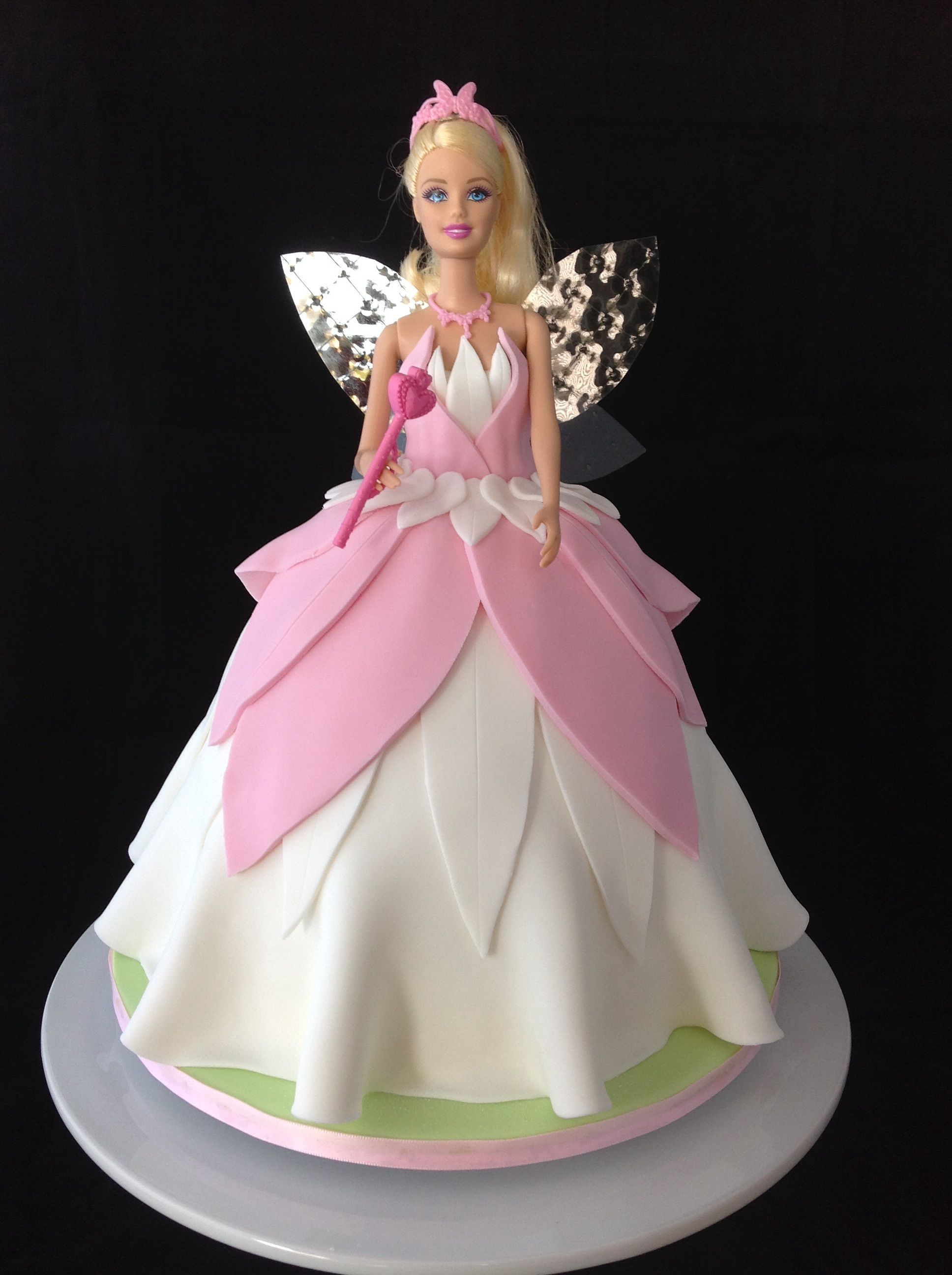 Fairy Barbie Cake With Gelatine Leaf Wings Child Cake Pinterest